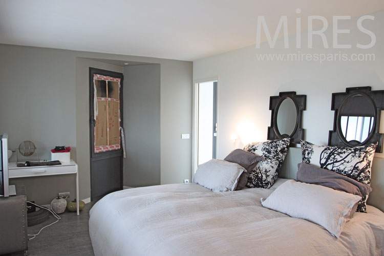C1092 mires paris for Chambre parentale grise