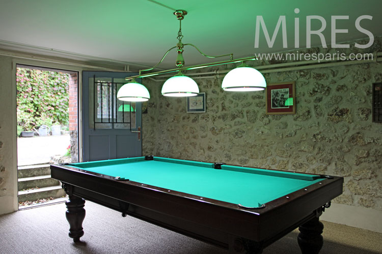 Billiard room and games. C1093