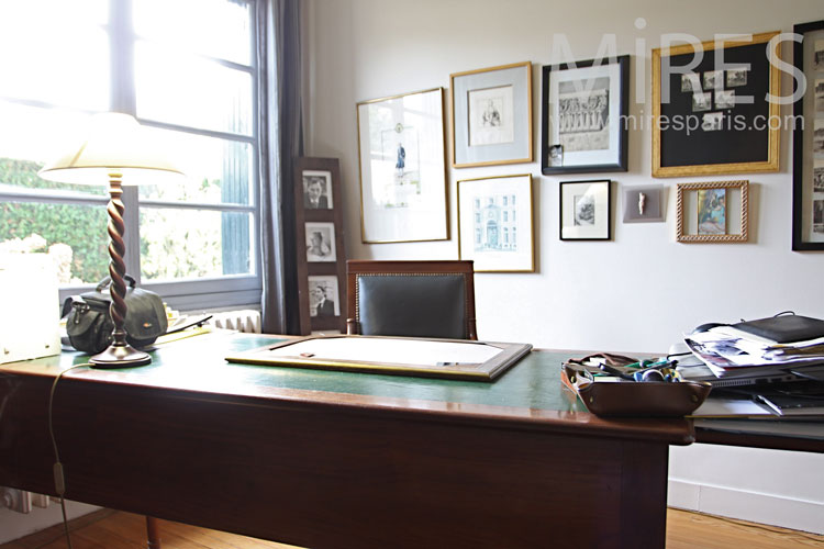 The office of the president. C1095