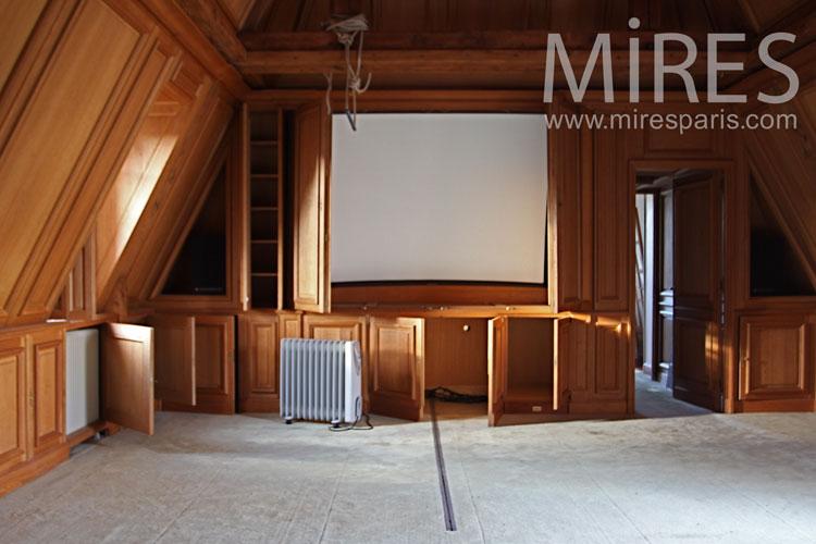 Home cinéma et boiseries. C1100