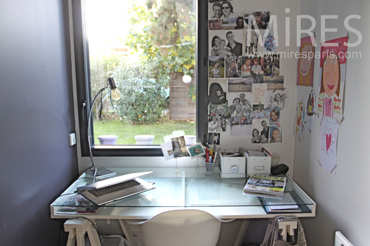 Office and teenager's bedroom. C1104