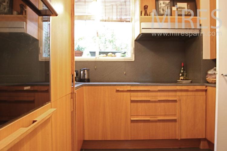 Petite cuisine de bois. C1107