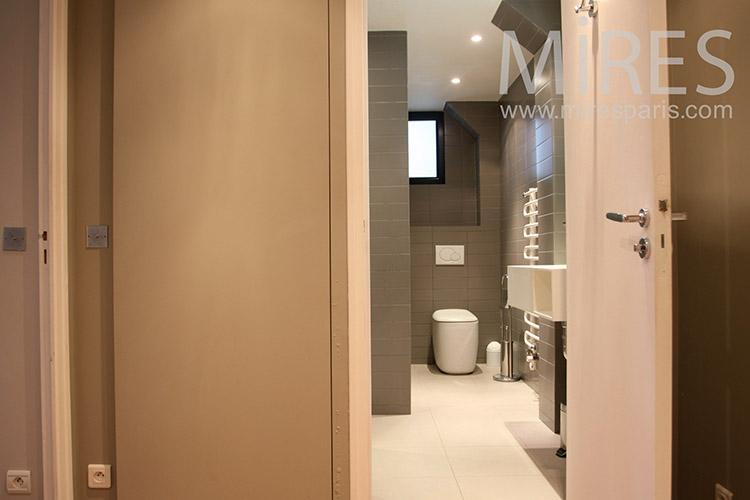 petite salle d eau carrelage bronze c1115 mires paris. Black Bedroom Furniture Sets. Home Design Ideas