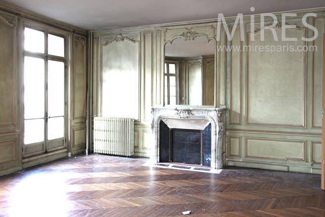 appartement couleurs et patines anciennes c1136 mires paris. Black Bedroom Furniture Sets. Home Design Ideas