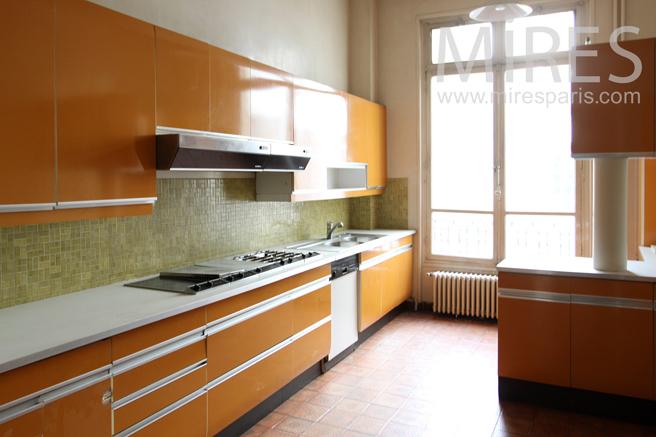 Orange kitchen of the seventies. C1146
