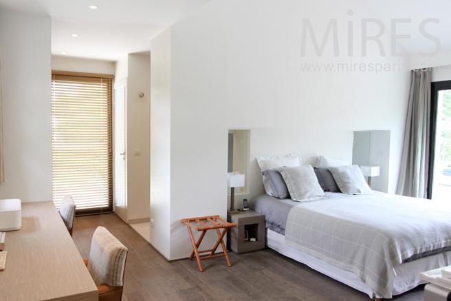 Une chambre avec terrasse c1184