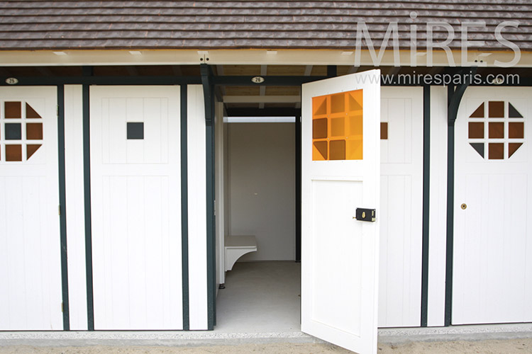 Changing rooms and cabins. C1212