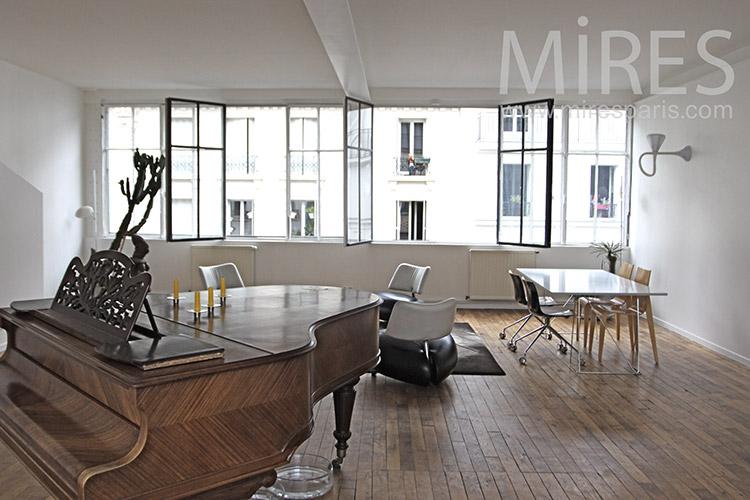 Paris apartment. C1222