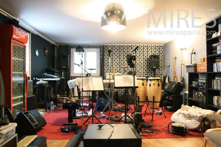 Music Studio. c0155
