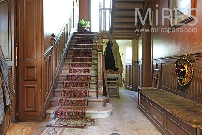 Couloir et escalier de maître. C1235