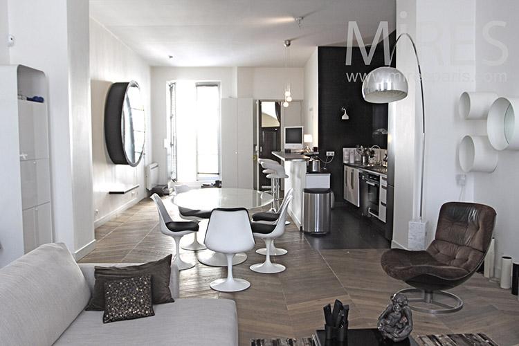 White living room. c1243
