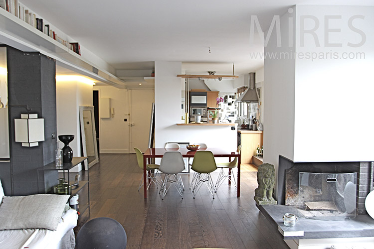 Apartment with large terrace. C1259