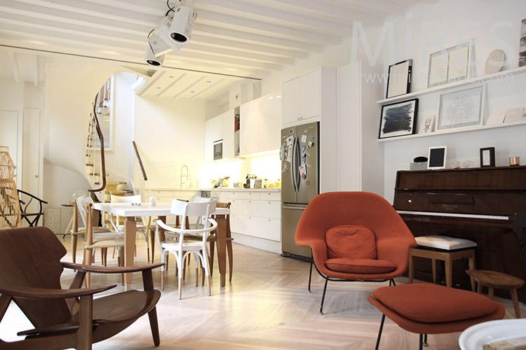 Appartement simple et raffiné. C1260