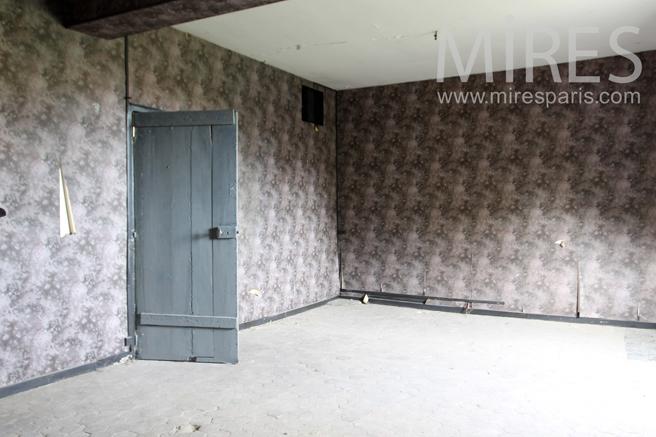 Chambre de bonne sous les toits c1265 mires paris - Sous location chambre de bonne paris ...