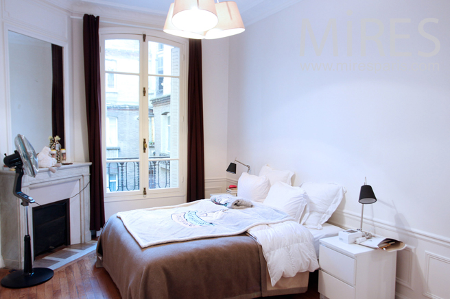 Two bedrooms with mutual bathroom. C1273