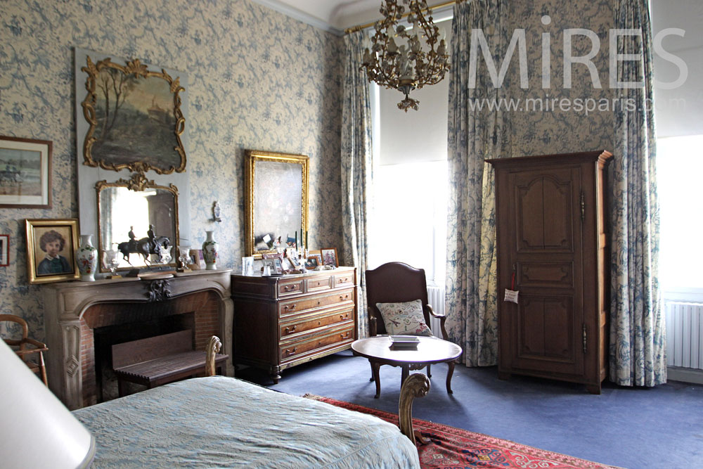 moquette mires paris. Black Bedroom Furniture Sets. Home Design Ideas