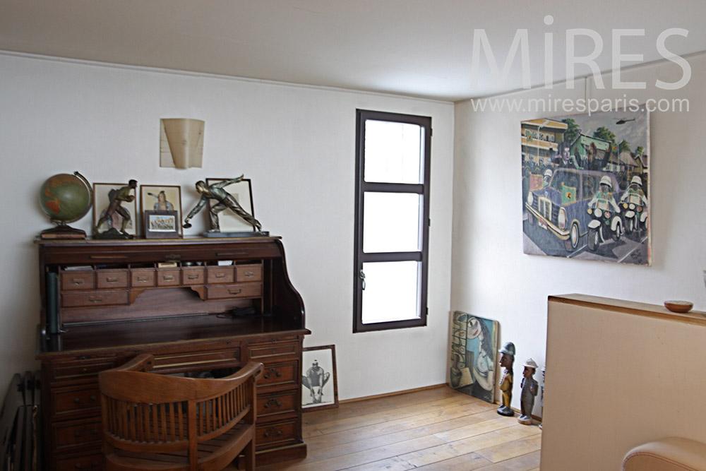 petit espace pour un bureau c0113 mires paris. Black Bedroom Furniture Sets. Home Design Ideas