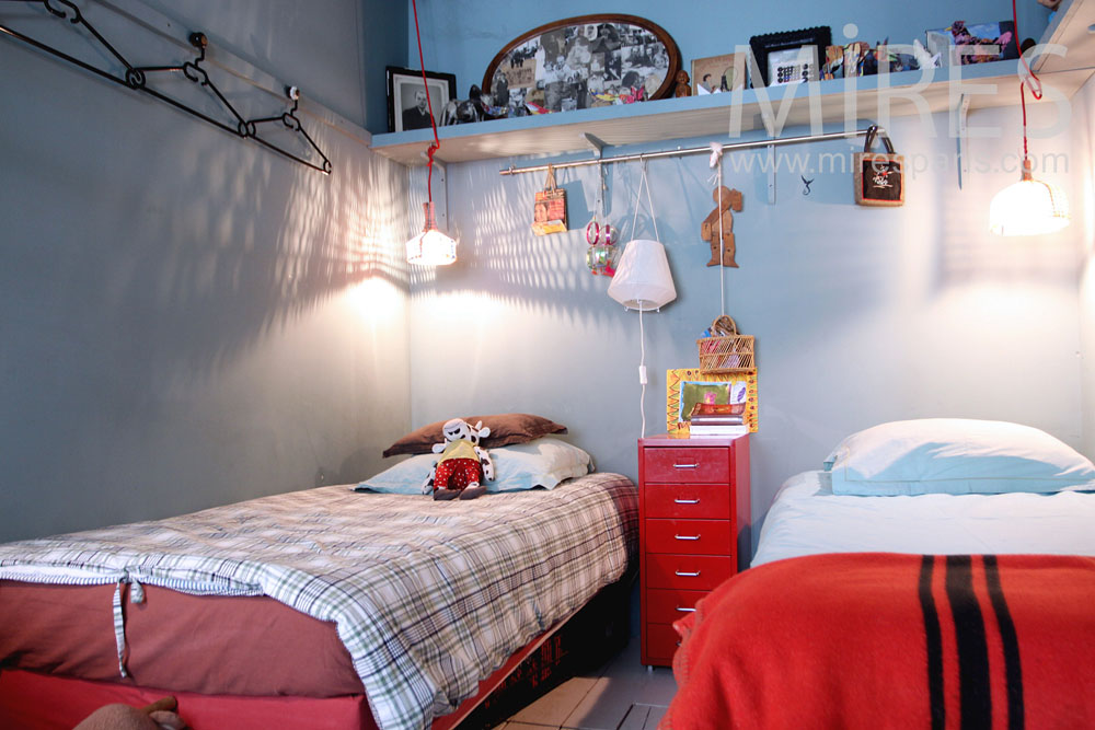 Une chambre pour deux. C1311