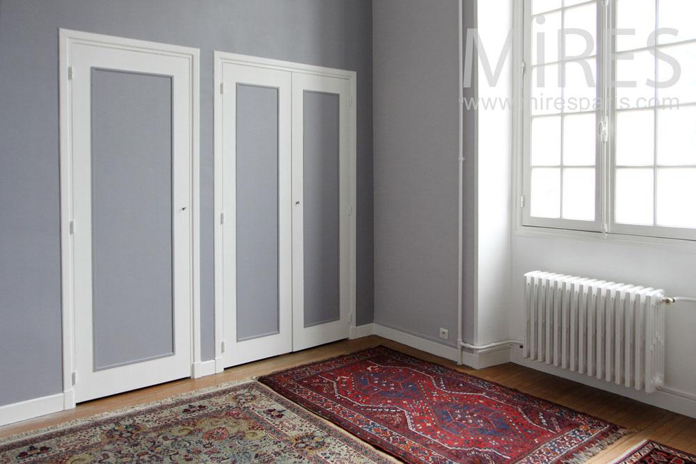 Cupboard bedroom. C1313