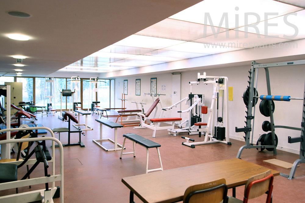 Salle de fitness. C1313