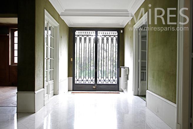 Hall d'entrée. C1334