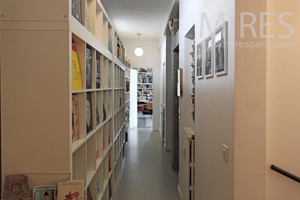 Couloir littéraire. C1335