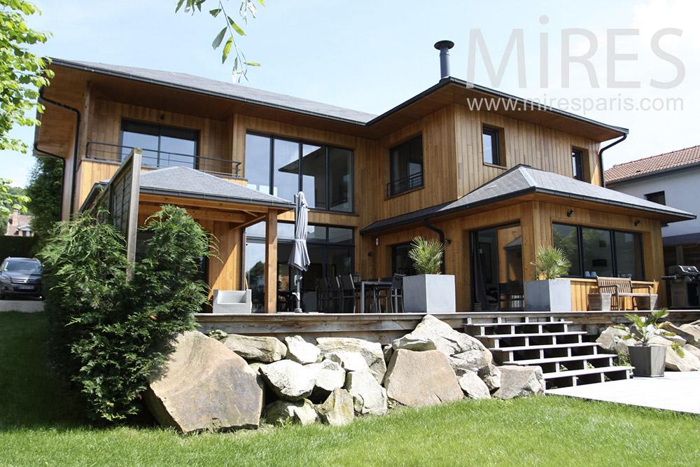 belle maison de bois c1344 mires paris. Black Bedroom Furniture Sets. Home Design Ideas
