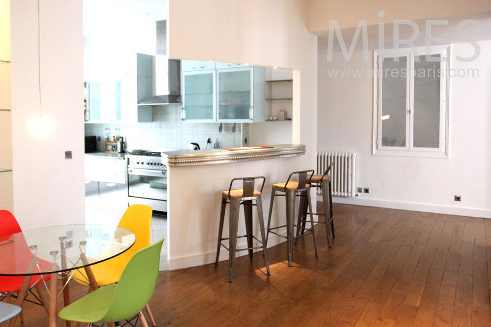 Cuisine ouverte sur le couloir c1349 mires paris - Creer une cuisine dans un petit espace ...