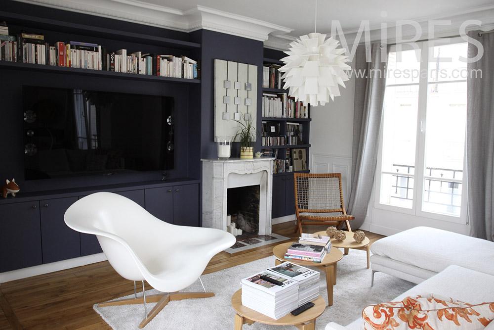 Agréable salon bicolore. C1360