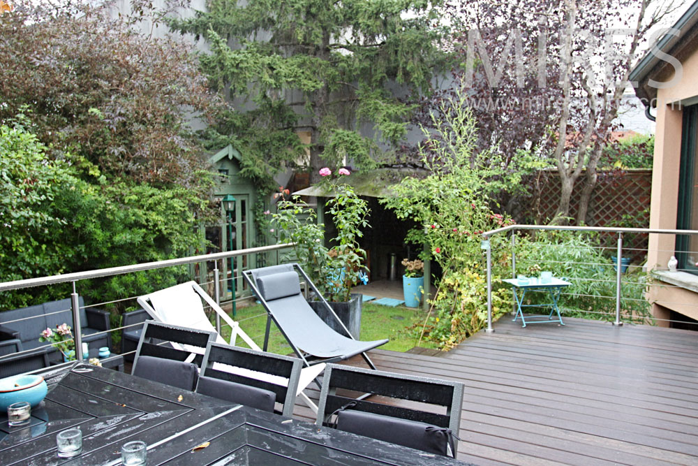 terrasse bois sur lev e c1362 mires paris. Black Bedroom Furniture Sets. Home Design Ideas