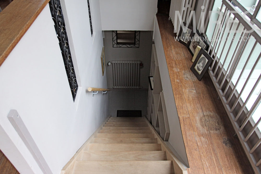 Staircases and hallways. C1362