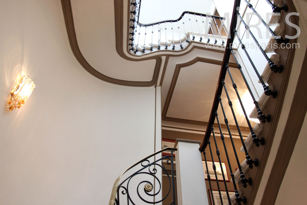 Staircase to be higher. C1371