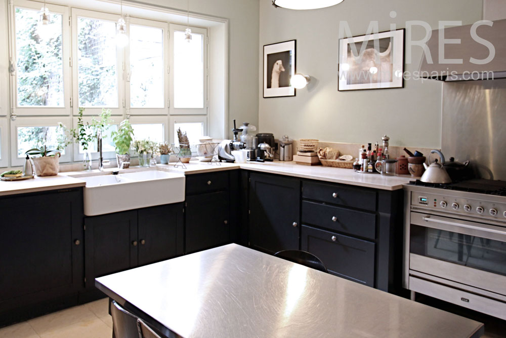 Modern and enciting kitchen. C1378