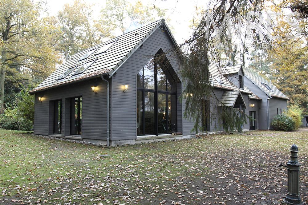 Maison des bois. C0725