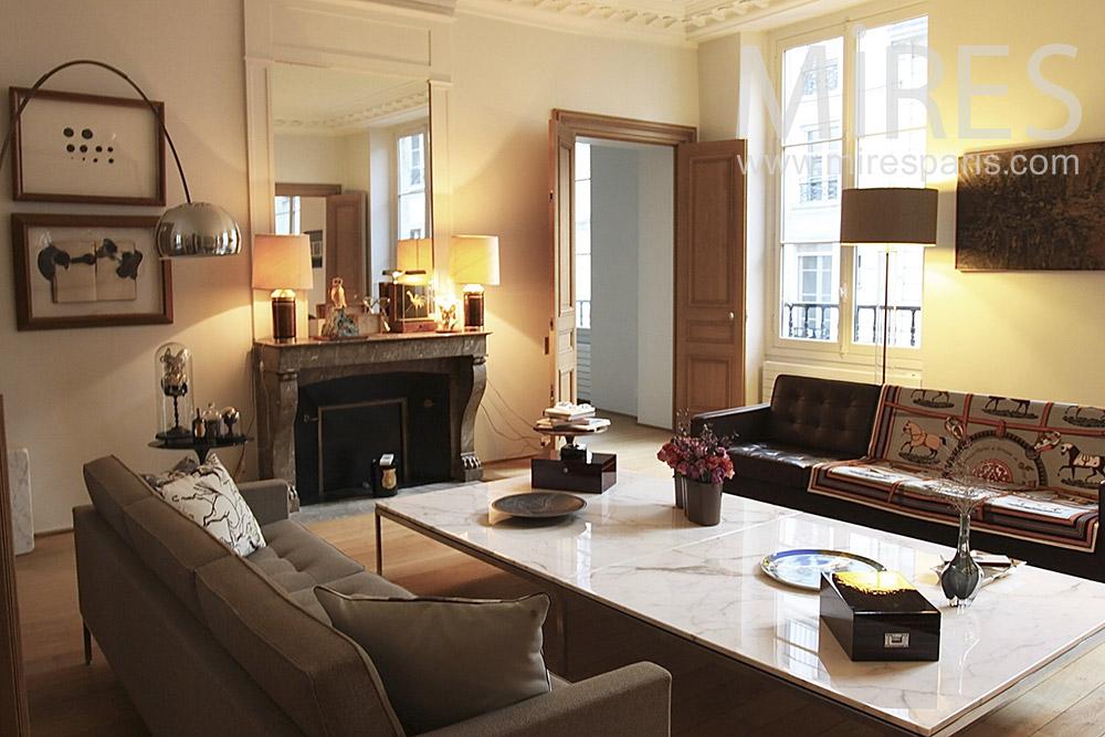 Parisian Apartment. C1411