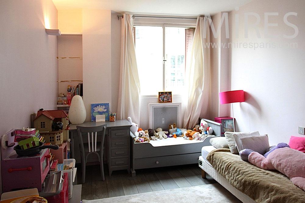 Pinky bedroom. C1442