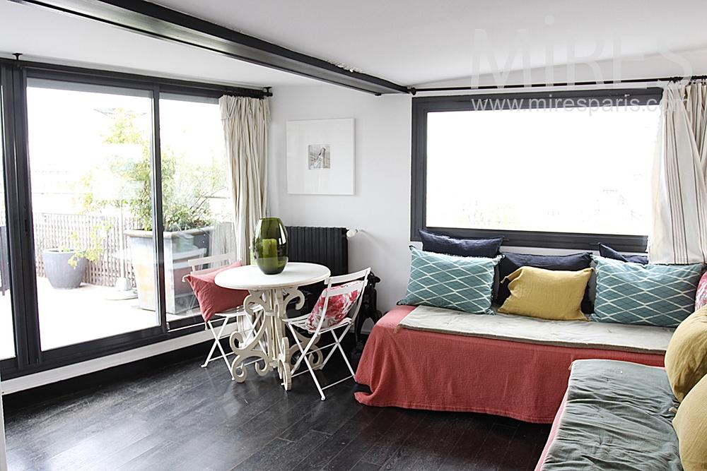 espace prot g sur terrasse de toit c1453 mires paris. Black Bedroom Furniture Sets. Home Design Ideas