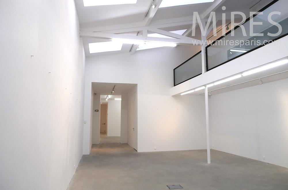 Galerie d'art. C1380