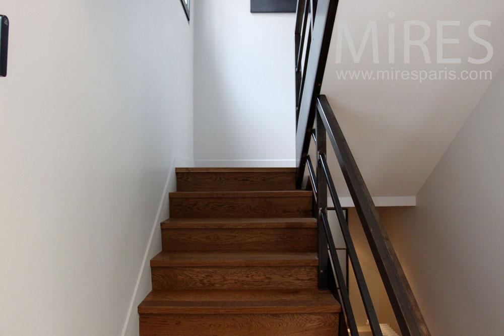 Escaliers et couloirs. C1460