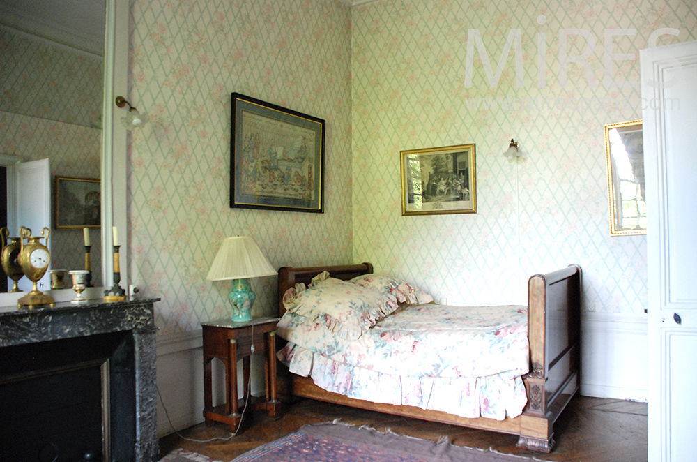 Old-style room. c1467