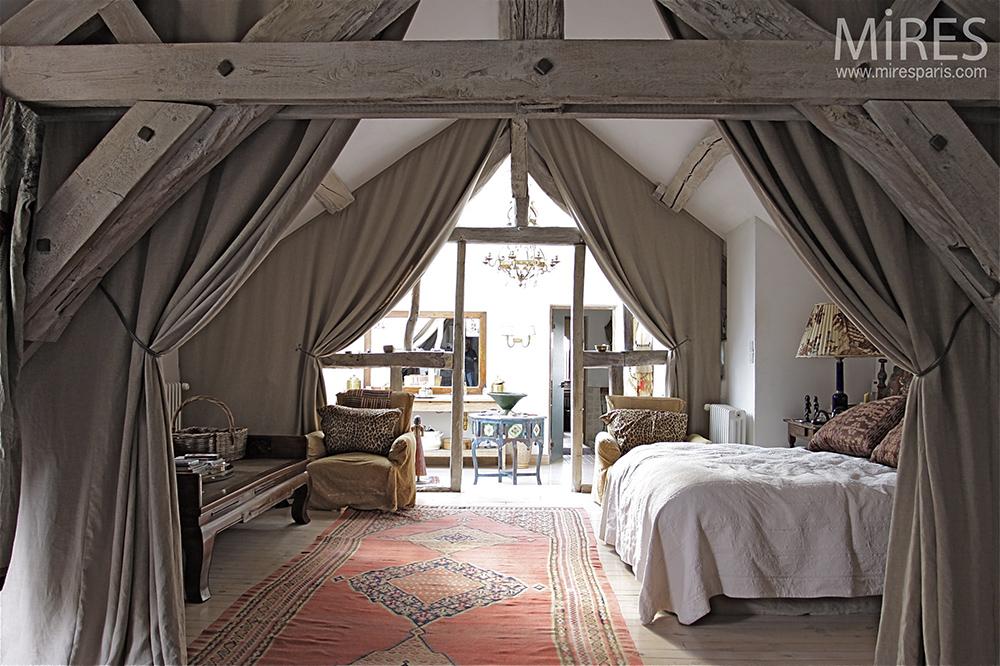 chambre et charpente ancienne c0082 mires paris. Black Bedroom Furniture Sets. Home Design Ideas
