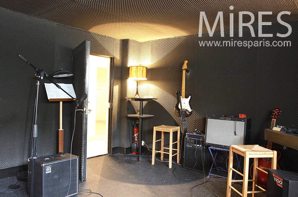 Soundproofed music room. C1480