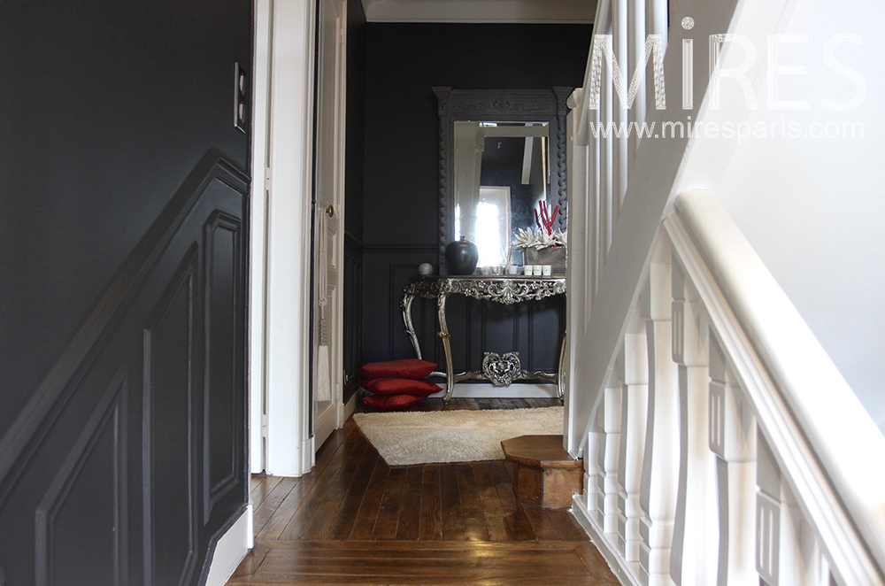 escalier blanc et noir c1484 mires paris. Black Bedroom Furniture Sets. Home Design Ideas