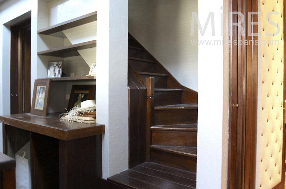 Escalier et couloirs. C1487