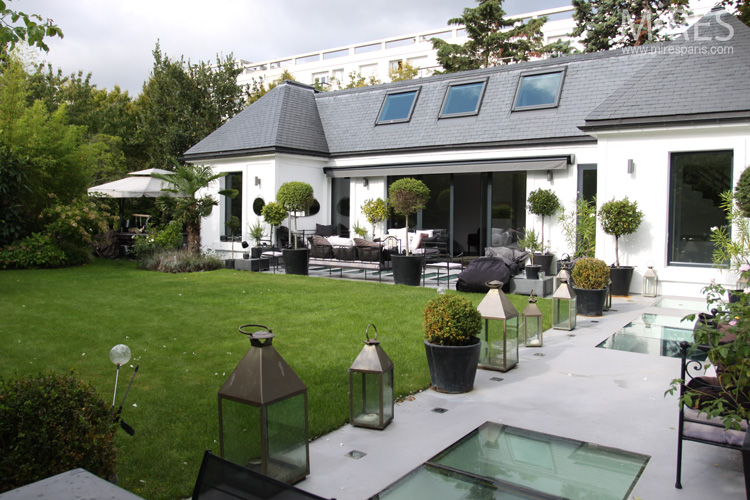 Maison contemporaine agréable. C0067