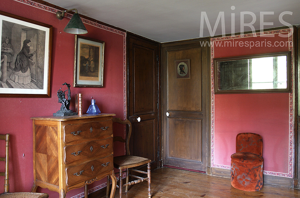 Wood and red walls. C1242