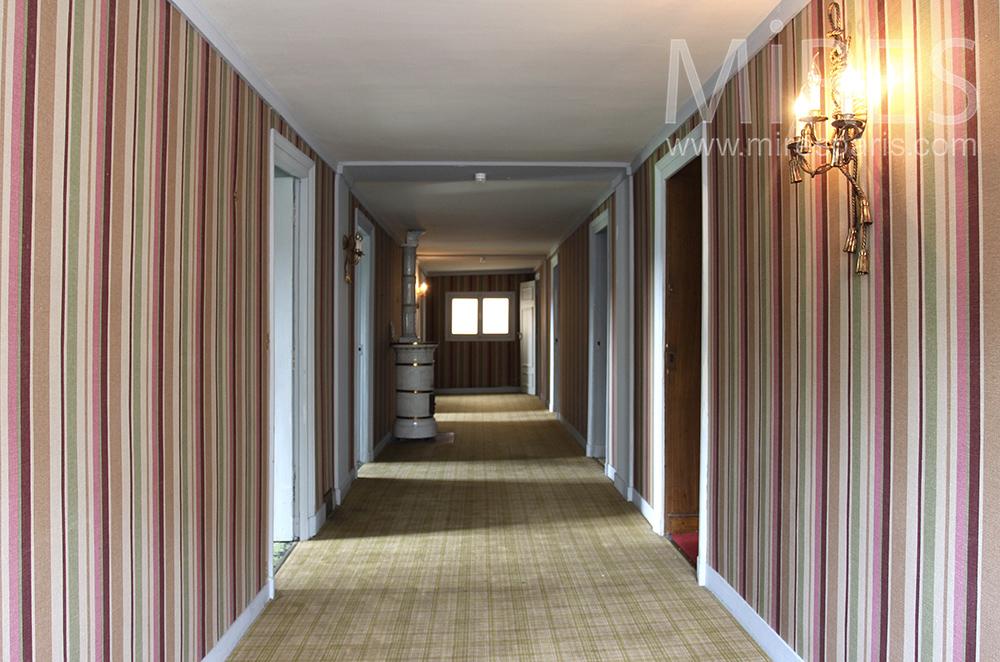 Collection de couloirs. C1242