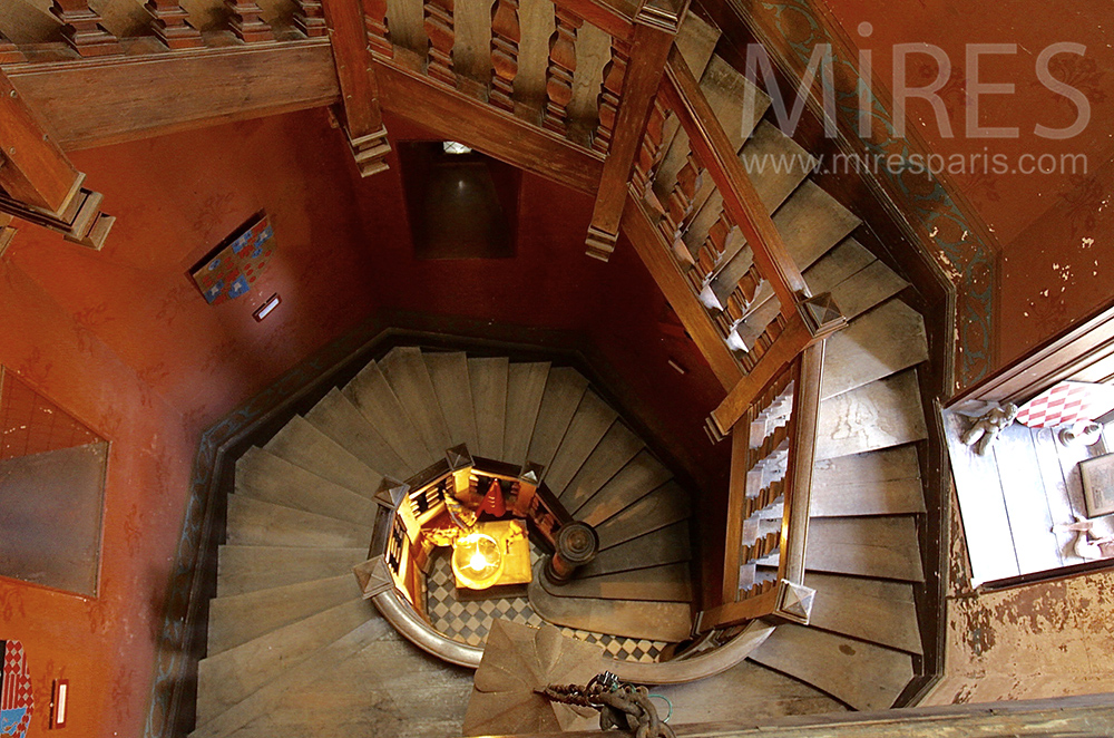 Solid wood staircase. C1495