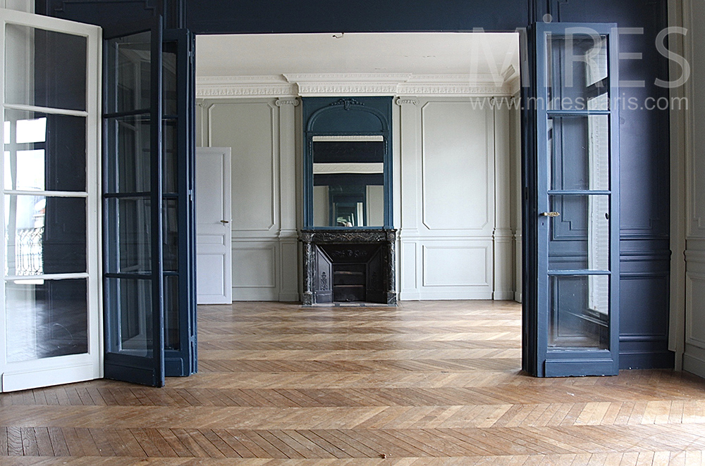Appartement, parquet en pointe. C1496