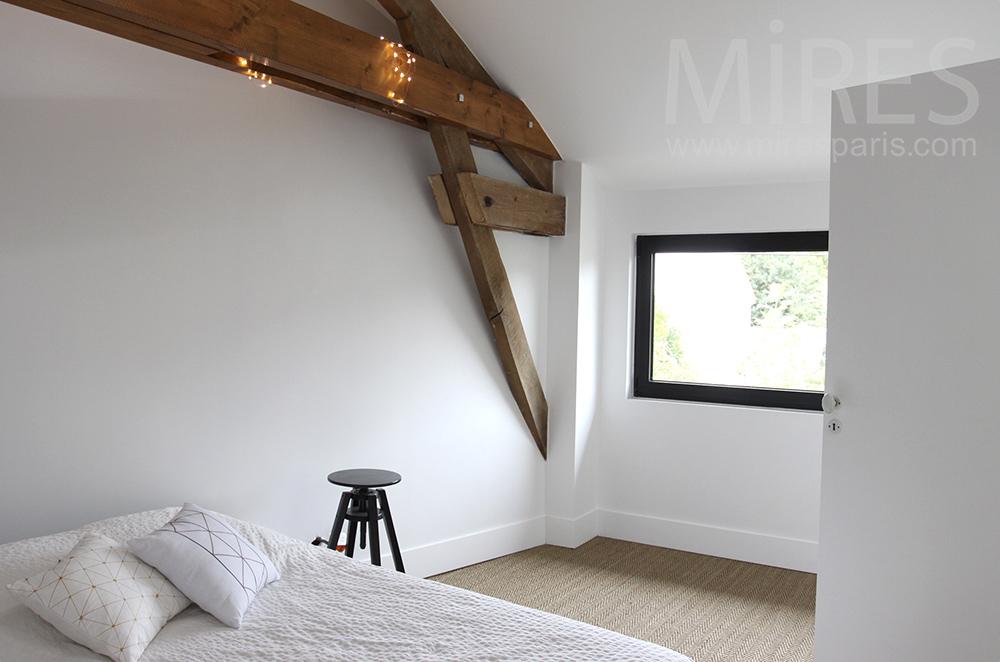 Chambre Blanche A L Etage C1497 Mires Paris